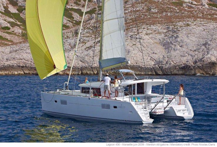 39.0 feet Lagoon-Bénéteau in great shape