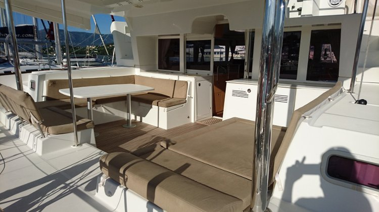 Lagoon-Beneteau boat for rent in Cuba