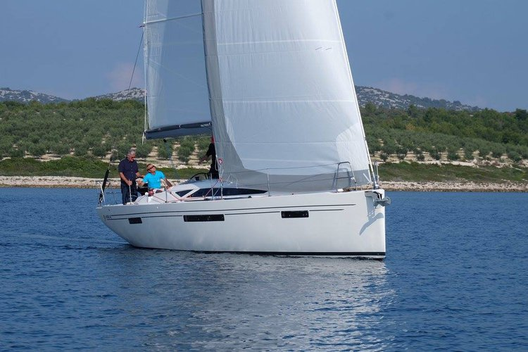 Discover Šibenik region surroundings on this More 40 More Boats boat