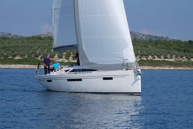 Discover Šibenik region surroundings on this More 40 More Boats boat