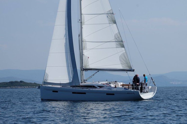 Beautiful More Boats ideal for sailing and fun in the sun!