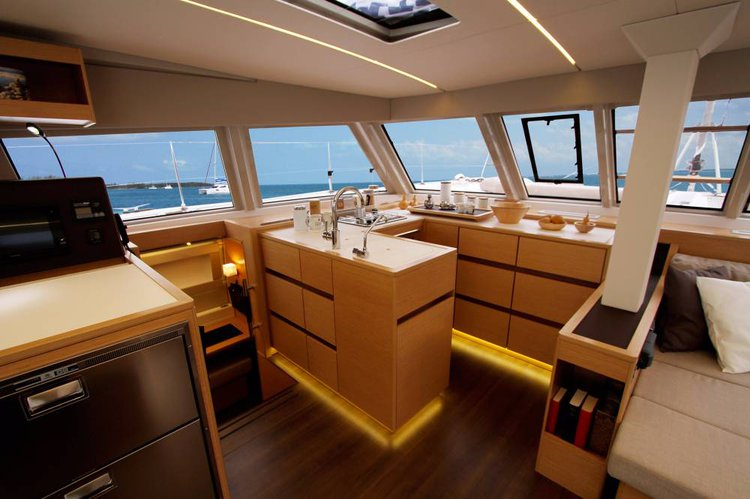 Discover Split region surroundings on this Nautitech 46 Open Nautitech Rochefort boat