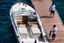 BERTRAM 27 SPORT CONVERTIBLE - BASED AT SPETSES ISLAND - ONLY WITH SKIPPER