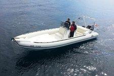 EAGLE 800 8M - 1X300HP SUZUKI BASED IN ATHENSt