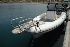 GREAT WHITE 10M OPEN BOW/ WHITE - EQUIPPED WITH 2X200HP VERADO / ATHENS