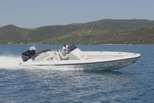 TECHNOHULL SEA DN DNA 999 G5 OPEN BOW OPPOSITE STERN - 2X300 HP VERADO IN ATHENS