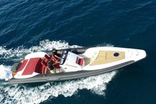 TECHNOHULL DNA 999 G5 CABIN/RED 230HP VOLVO BASED IN ATHENS