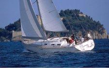 Jump aboard this beautiful Dufour Yachts Dufour 385 GL