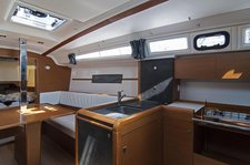 thumbnail-6 Jeanneau 33.0 feet, boat for rent in Split region, HR