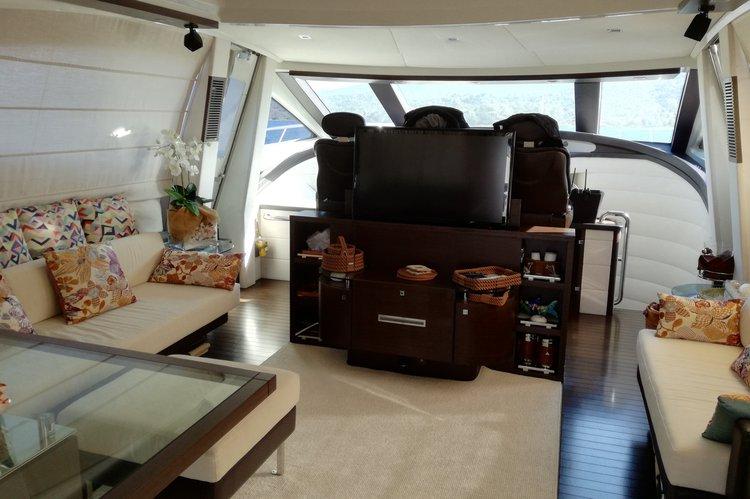 Azimut boat for rent in Capri
