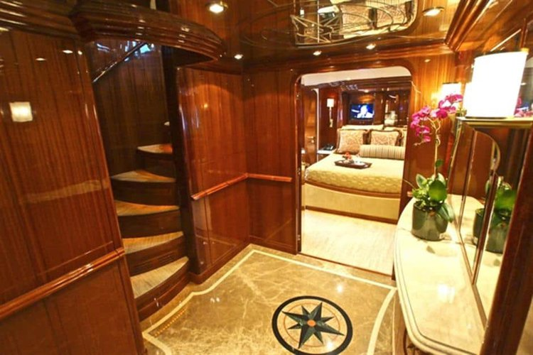 Motor yacht boat rental in St. Petersburg, FL