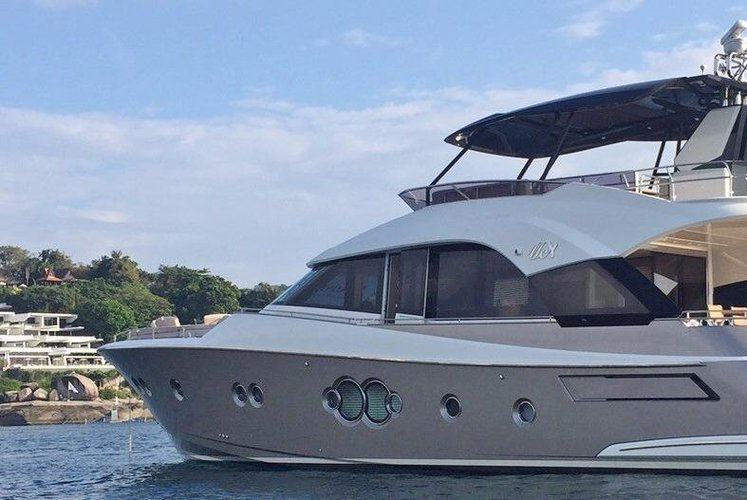 Flybridge boat rental in Royal Phuket Marina,