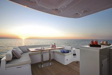 thumbnail-6 Azimut 53.0 feet, boat for rent in Cascais, PT
