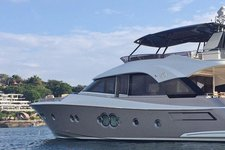 70ft Luxury Flybridge Cruiser