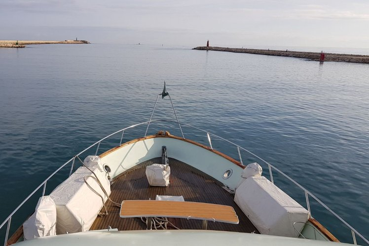Boat for rent Apreamare 9 72.18 feet in Doca do Espanhol, Portugal
