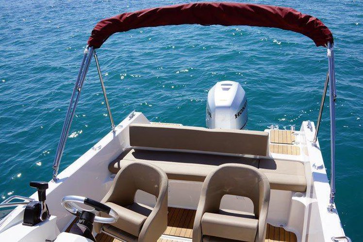Boating is fun with a Cruiser in Trogir