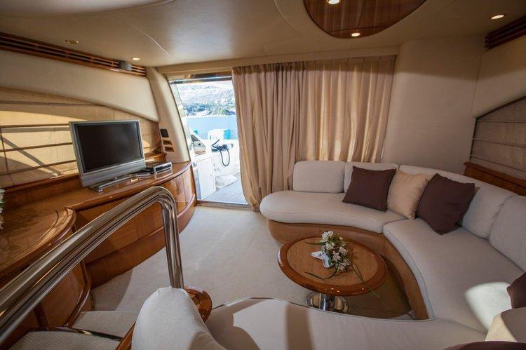 Azimut boat for rent in Orašac