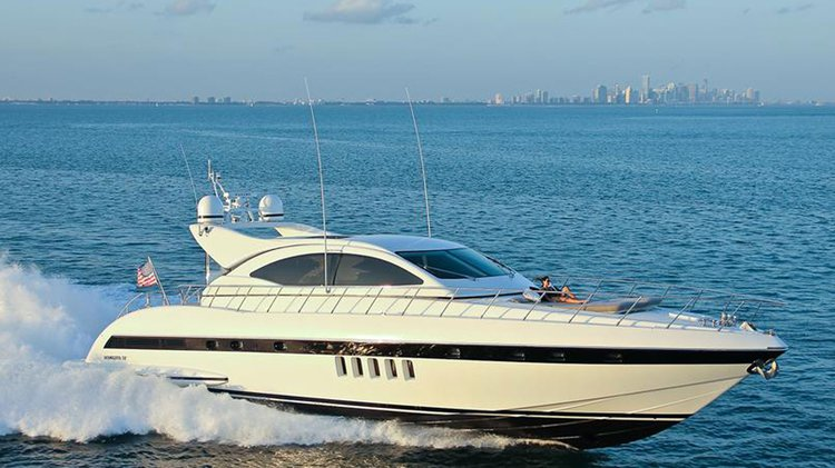 72.0 feet Mangusta in great shape