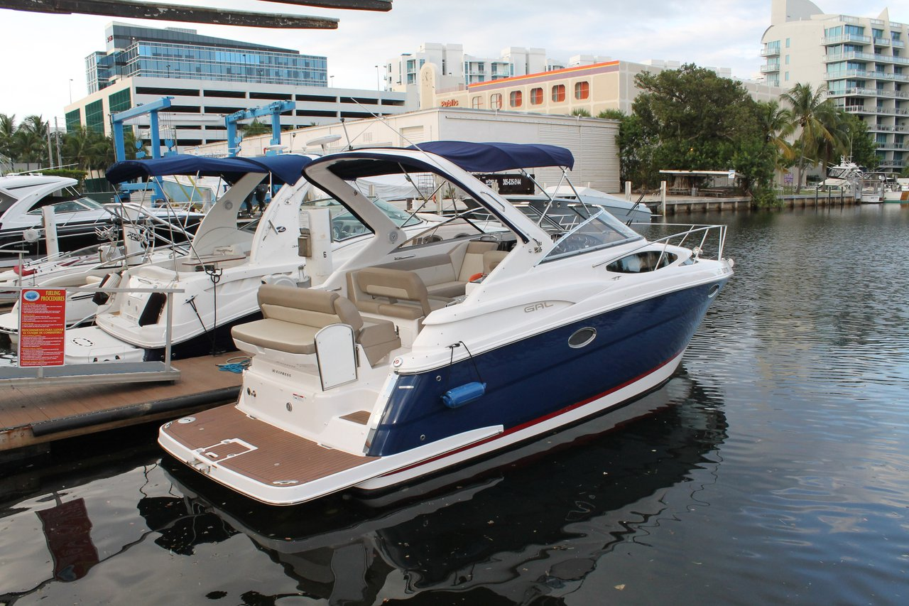 30' Regal Express - Perfect size and performance!