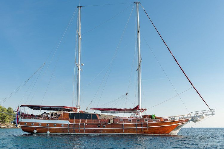 Charter a 105' classic sailing yacht in Sibenik, Croatia