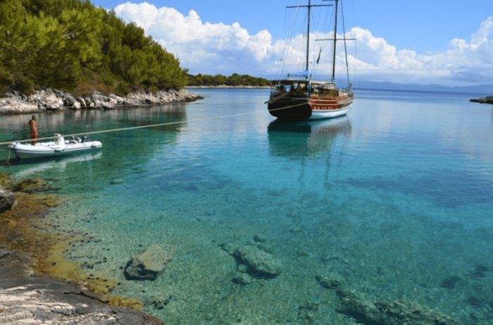 Boat for rent Custom 104.98 feet in Split, Croatia