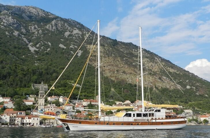 Boat for rent Custom 104.98 feet in Split, Croatia