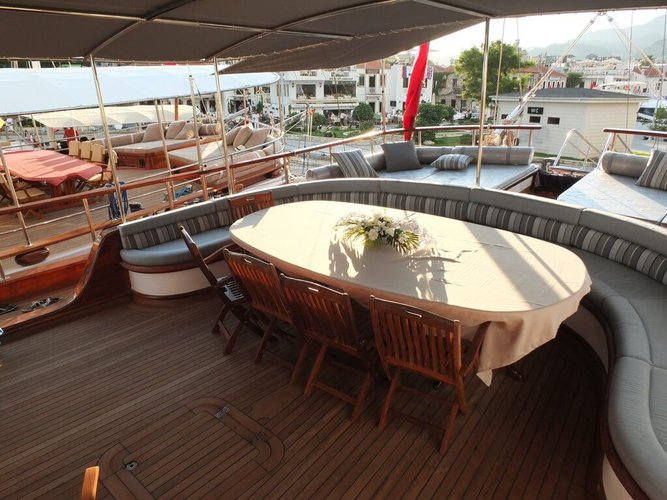 Classic boat rental in Marmaris,