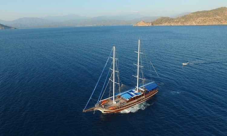 Classic boat for rent in Fethiye