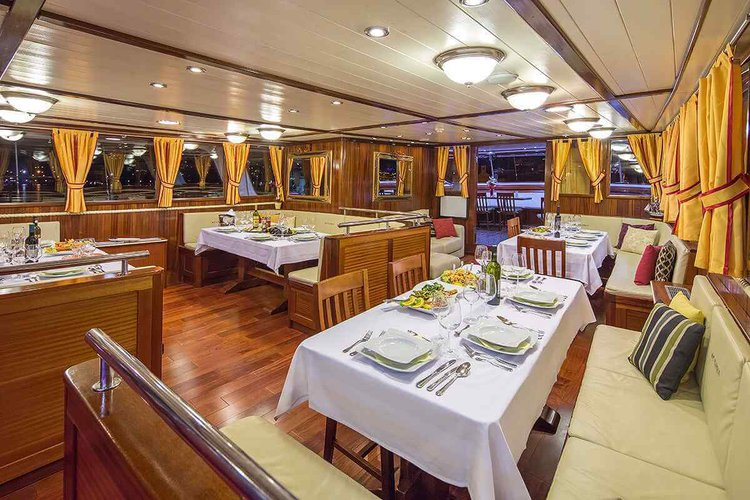 Boat for rent Custom 134.51 feet in Split, Croatia