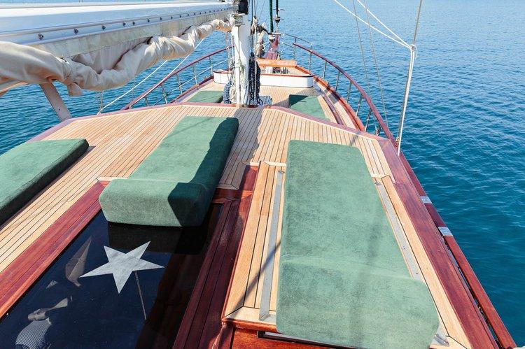 59.05 feet Custom in great shape