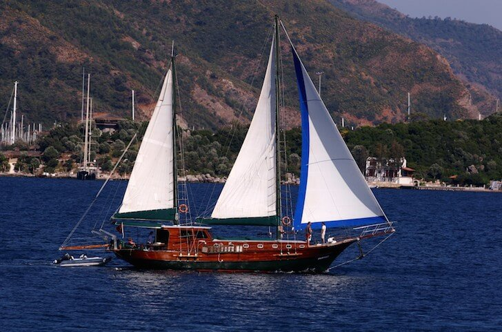 Discover Marmaris surroundings on this Custom Custom boat