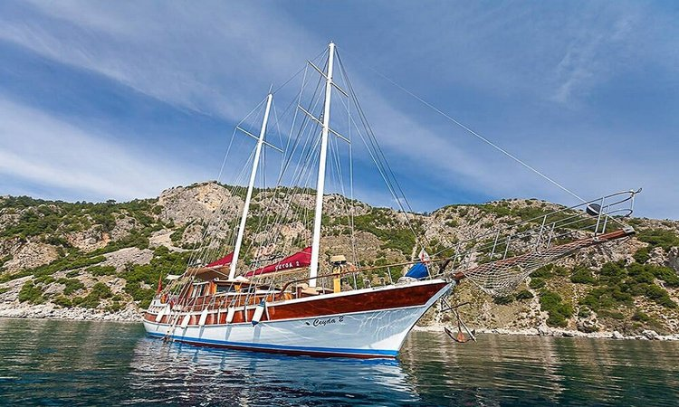 Boating is fun with a Classic in Marmaris