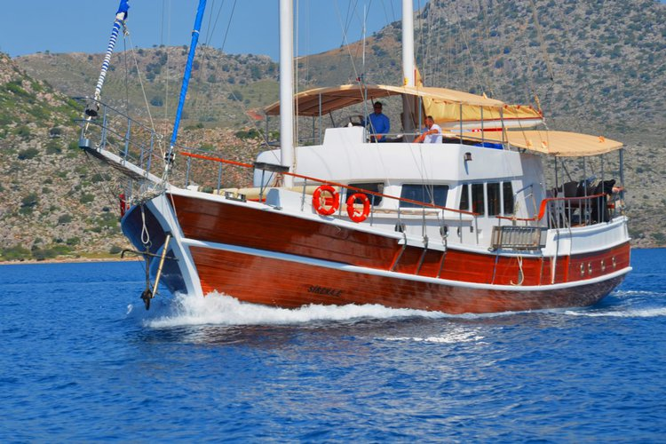 Boating is fun with a Classic in Dubrovnik
