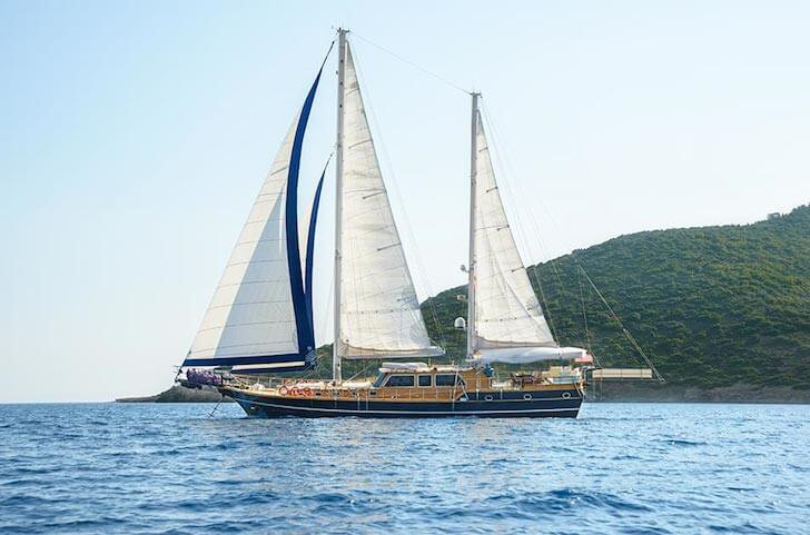Charter a 92' classic sailing yacht in Marmaris, Turkey