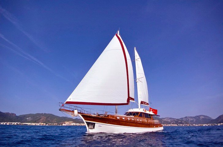 Make your holidays memorable in Dubrovnik, Croatia onboard 89' gulet
