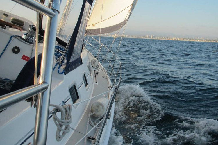 Boat rental in Marina Del Rey,
