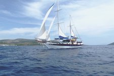Set sail in Split, Croatia onboard 72' classic sailing yacht