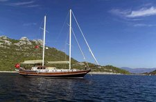 Experience pure luxury & comfort aboard 79' classic sailing yacht