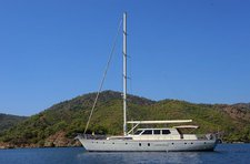 Charter a 85' classic sailing yacht in Gocek, Turkey