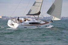 Charter a 41' Jeanneau Sun Odyssey in Annapolis, Maryland
