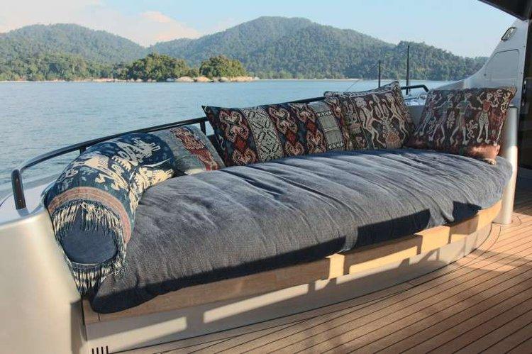 Discover St. John surroundings on this Custom Custom boat