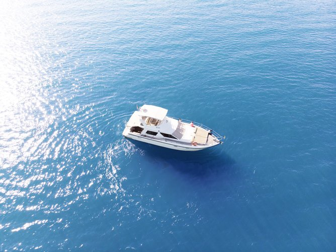 Elegant motor yacht SeaHawk 47 Phuket