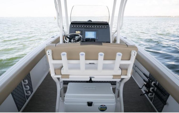 Center console boat for rent in Phuket