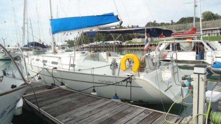 39.3 feet Beneteau in great shape
