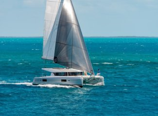 Have fun in Phuket, Thailand aboard 42' cruising catamaran