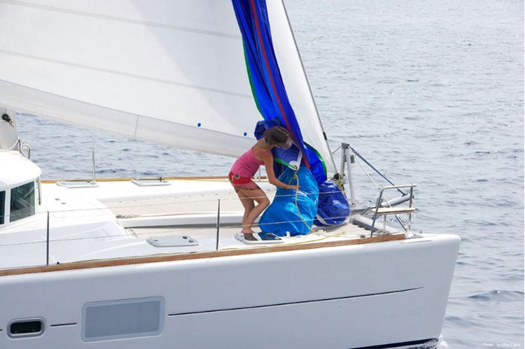Set sail in Italy aboard Lagoon 410 S2