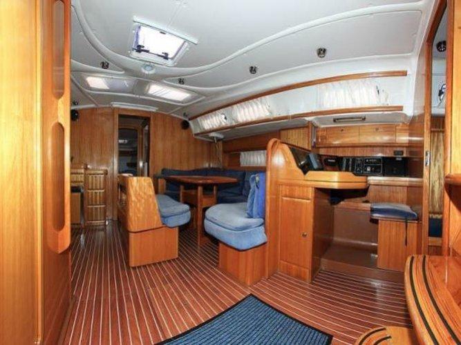 Discover Phuket surroundings on this Bavaria 46 Custom boat
