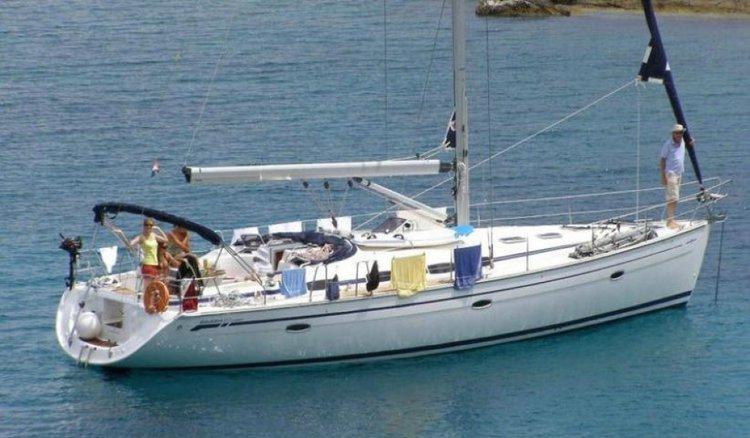 Sloop boat for rent in Phuket