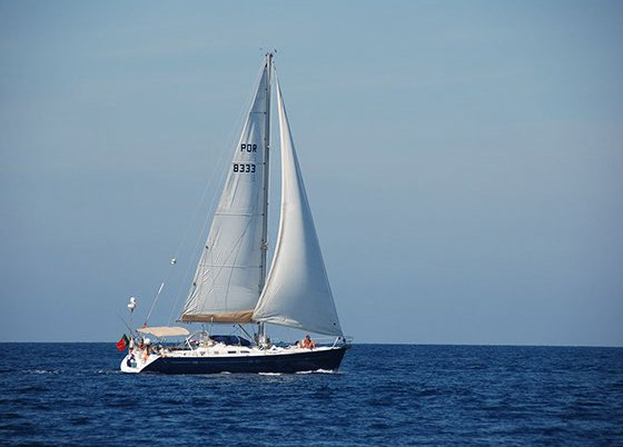 Indulge in luxury in Lisboa, Portugal aboard 47' cruising monohull