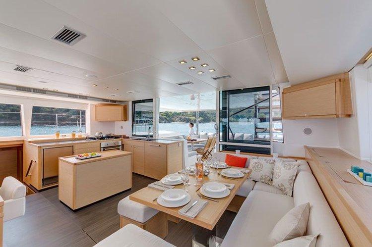 Boat rental in Pontine Islands,